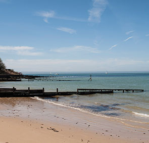 colwell totland bay best swimming beaches