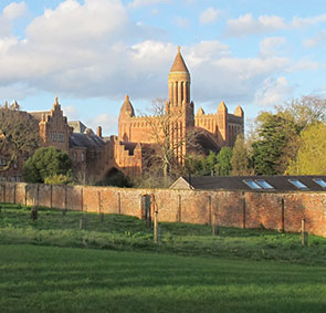 quarr abbey fishbourne