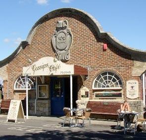 Gossips Café Yarmouth Freshwater Bay